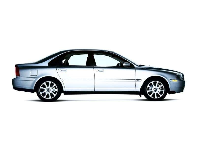 Volvo S80 1st generation sedan 2.0 T MT (1998–2000)