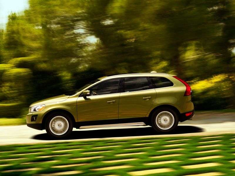 Volvo XC60 1st Generation Crossover 2.4 D5 Geartronic Turbo AWD Kinetic (2013) (2008–2013)