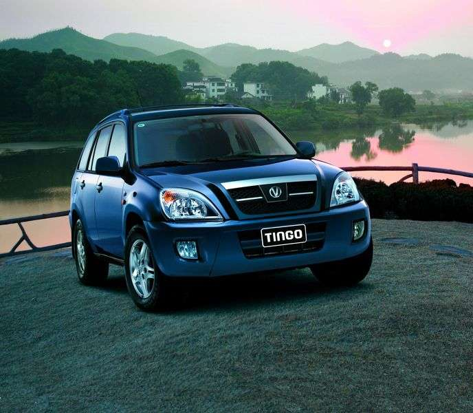 Vortex Tingo 1st generation 1.8 AMT Lux crossover (2010 – current century)
